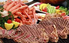 【金土日祝は食べ放題!】カニ・ステーキ&スイーツ食べ放題ディナーブッフェ