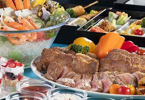 ステーキ&カレー食べ放題!<br />夏の贅沢ディナー